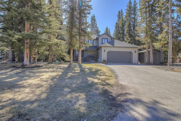 33 Sleigh Drive, Rural Rocky View County