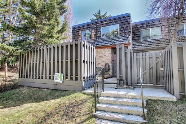 210 86 Avenue SE, Calgary