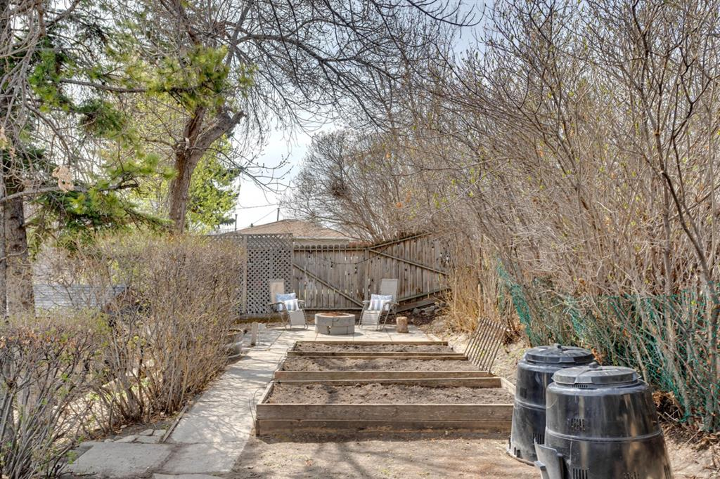 Listing A1102936 - Large Photo # 43