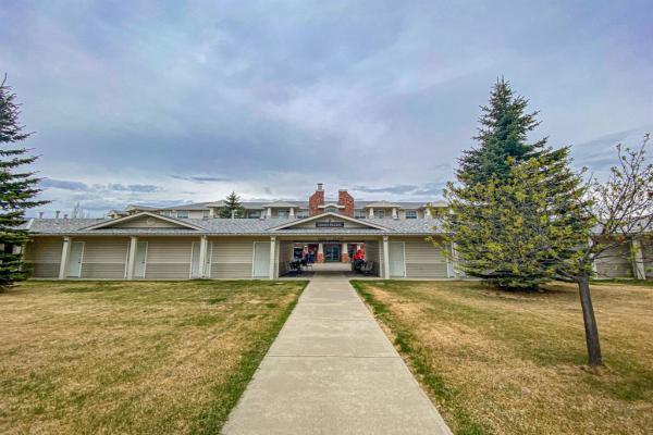 4500 50 Avenue, Olds