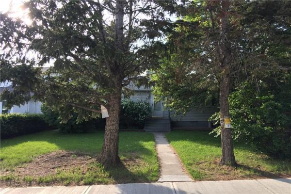 927 33 Street NW, Calgary