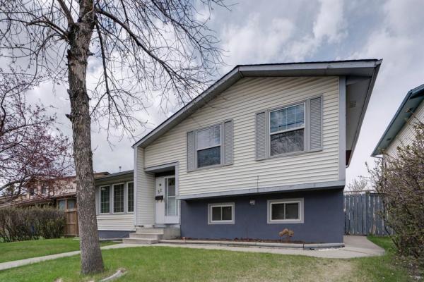 52 Whitefield Close NE, Calgary