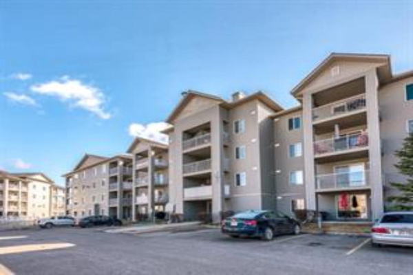 604 8 Street SW, Airdrie