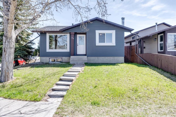 36 Castleridge Road NE, Calgary