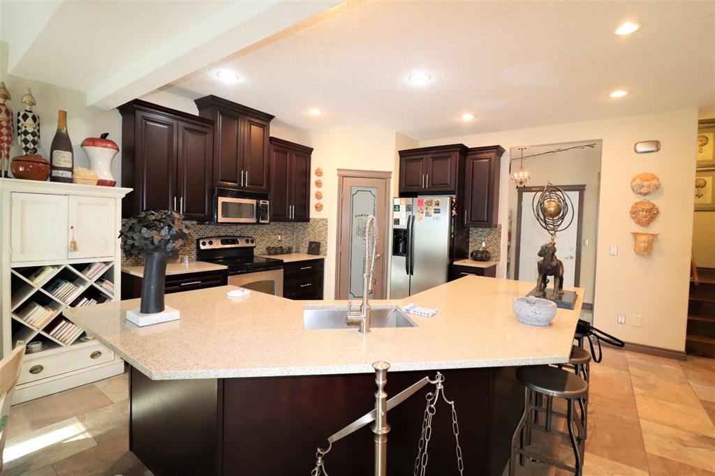 Listing A1107621 - Large Photo # 14
