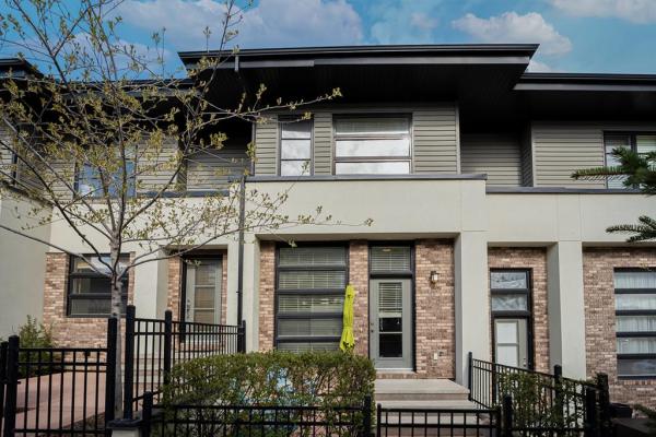 160 ASPEN HILLS Villas SW, Calgary