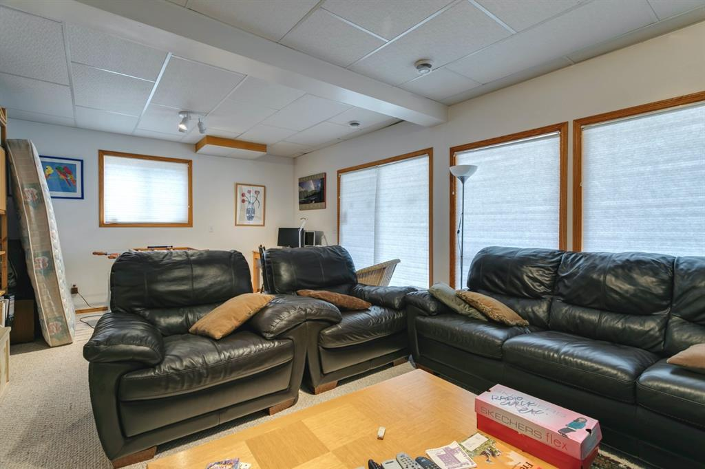Listing A1111697 - Large Photo # 28