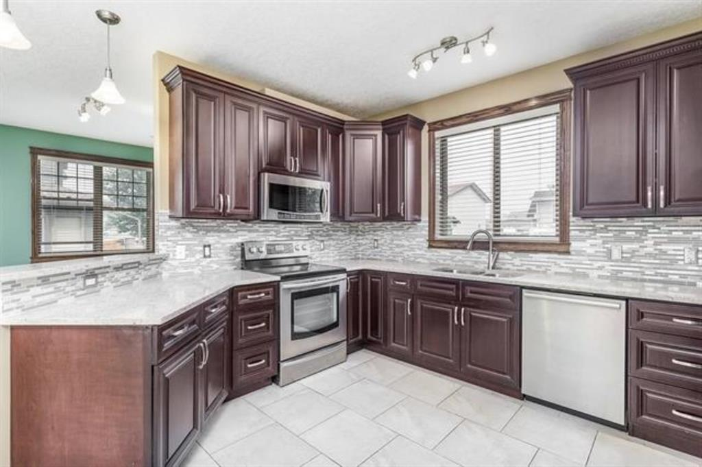 Listing A1112203 - Large Photo # 4