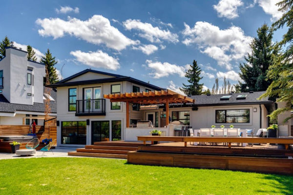 43 Bel-Aire Place SW, Calgary