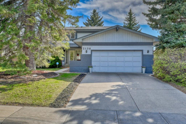2136 Lake Bonavista Drive SE, Calgary