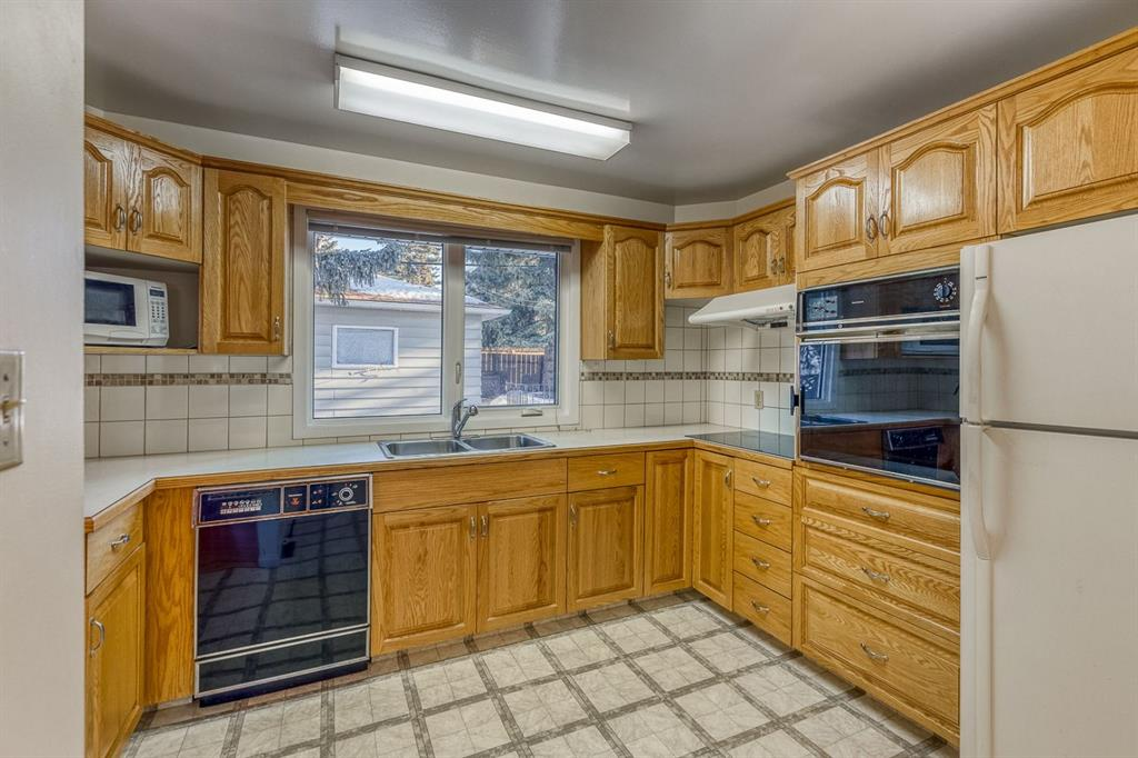 Listing A1115287 - Large Photo # 13