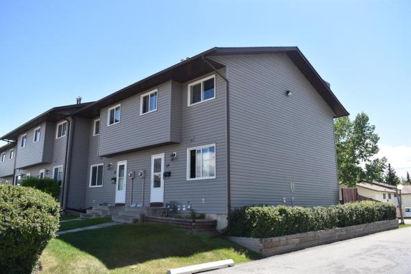 6020 Temple Drive NE, Calgary