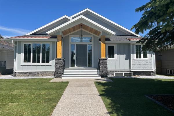 3012 Hampton Crescent SW, Calgary