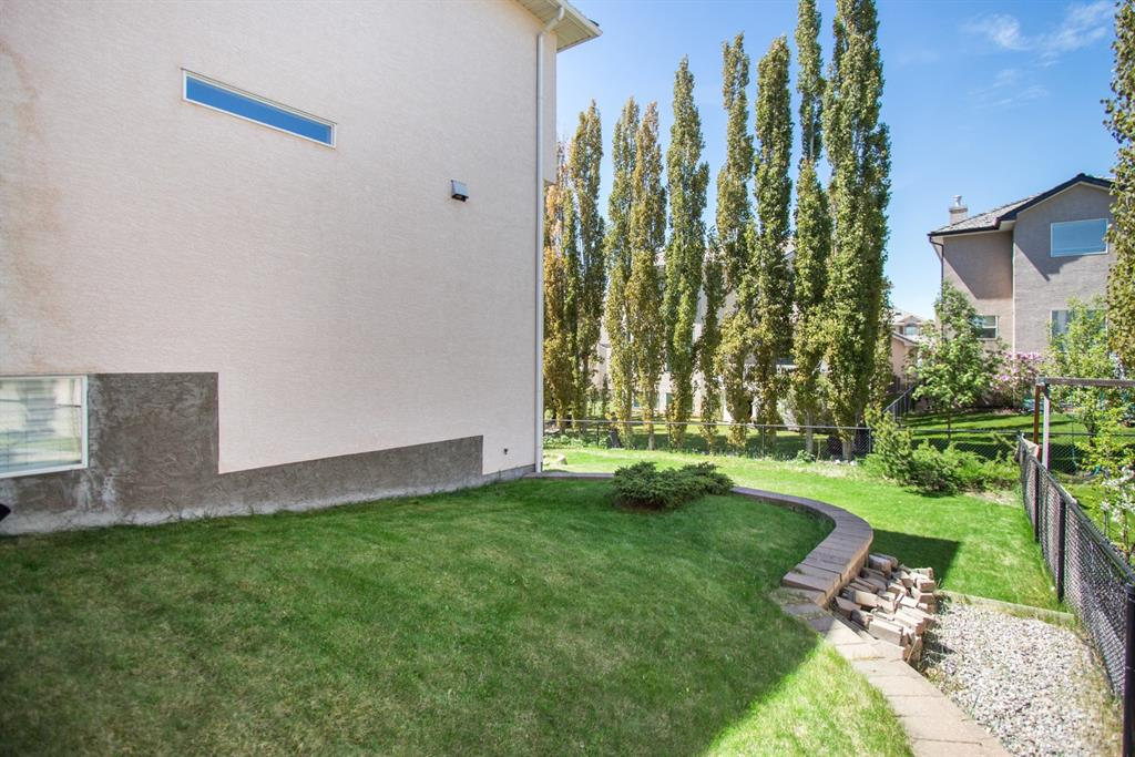 Listing A1116371 - Large Photo # 4