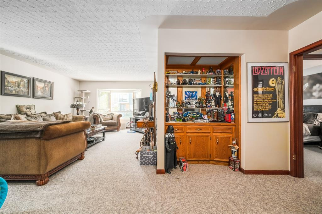 Listing A1116457 - Large Photo # 11