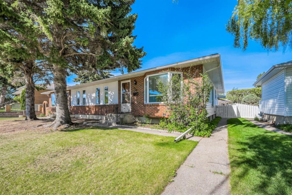 939 42 Street SW, Calgary