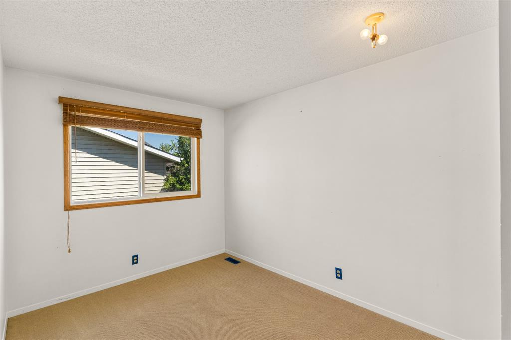 Listing A1116969 - Large Photo # 16