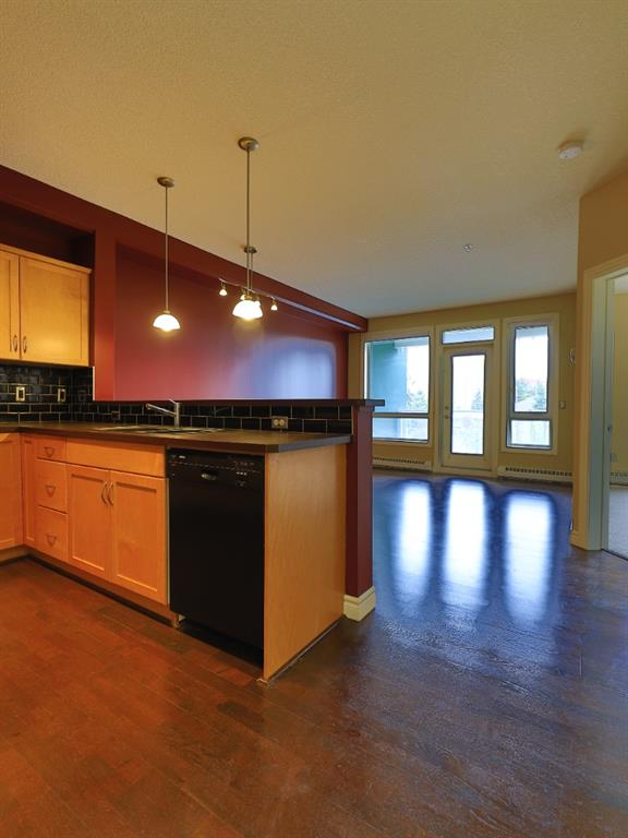 Listing A1117962 - Large Photo # 19