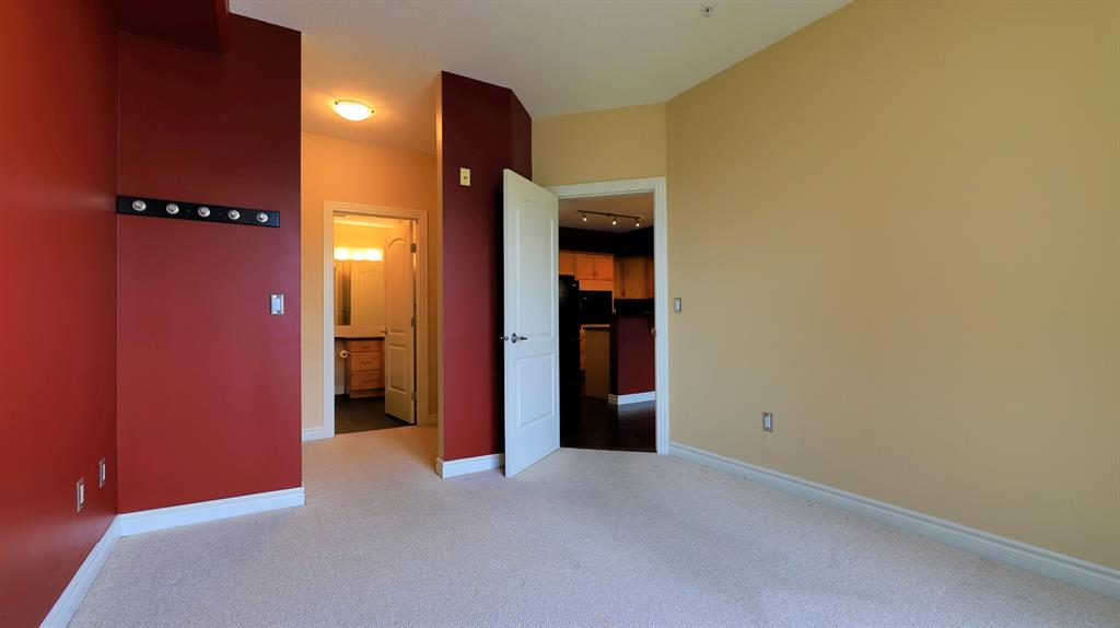 Listing A1117962 - Large Photo # 17