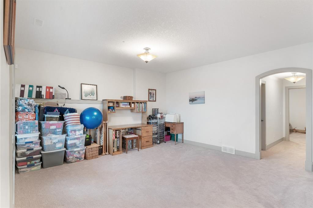 Listing A1118040 - Large Photo # 36