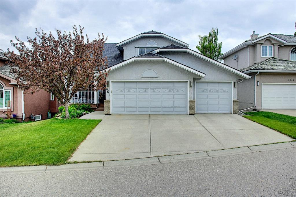 Listing A1118110 - Large Photo # 2