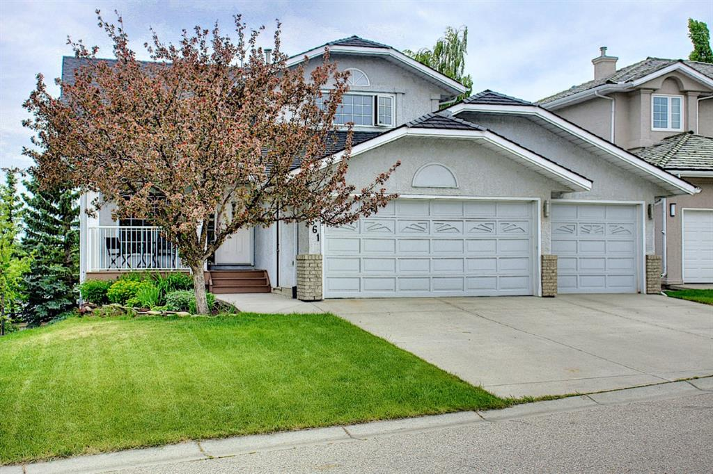 Listing A1118110 - Large Photo # 1