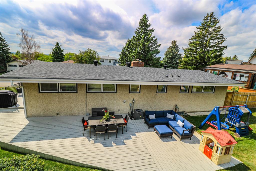 Listing A1118111 - Large Photo # 29