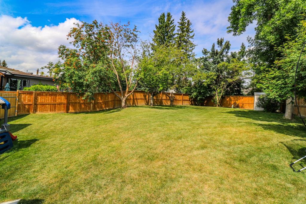 Listing A1118111 - Large Photo # 28