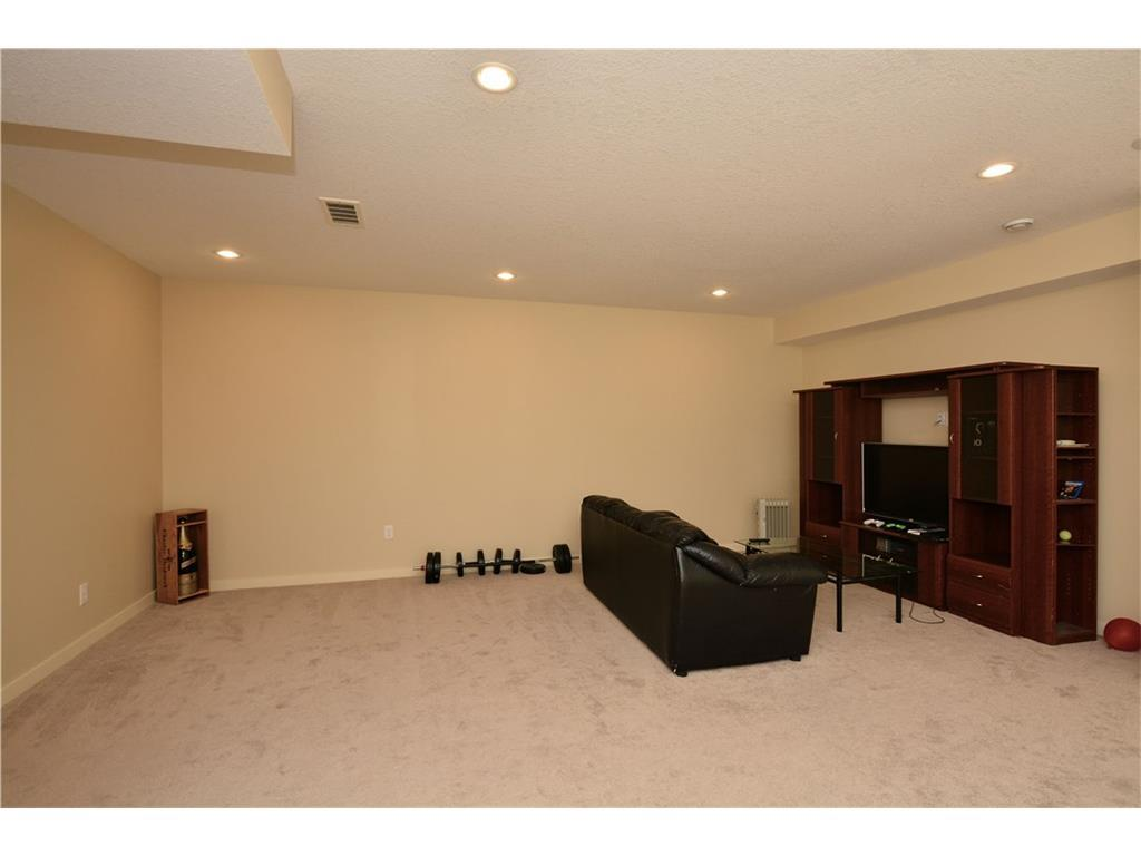 Listing A1118341 - Large Photo # 36