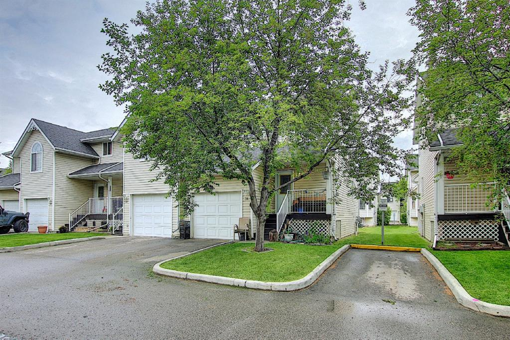 Listing A1118906 - Large Photo # 2