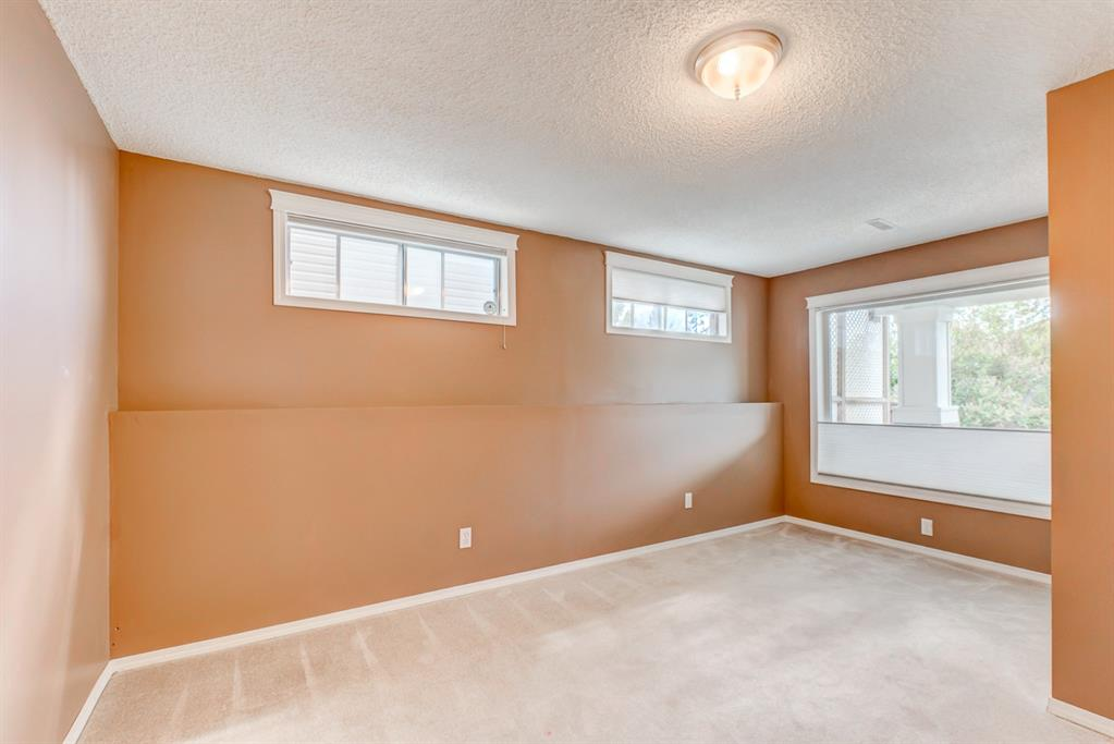 Listing A1120326 - Large Photo # 41
