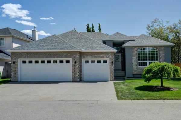 74 Strathridge Crescent SW, Calgary