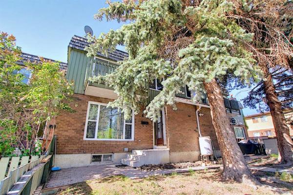 124 Sabrina Way SW, Calgary
