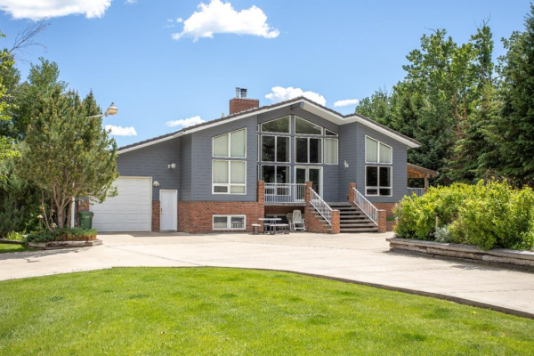 307 Sunnyside 300 Place, Rural Ponoka County