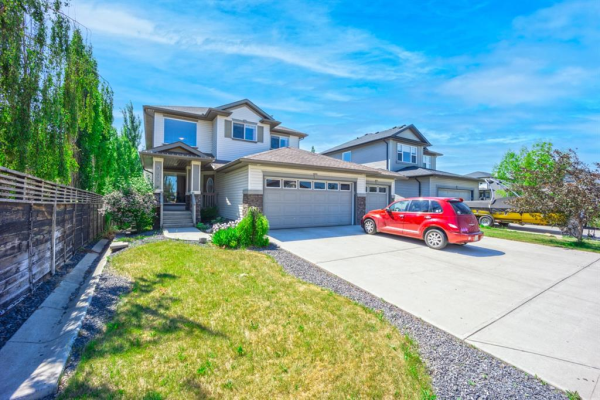 568 West Creek Point, Chestermere