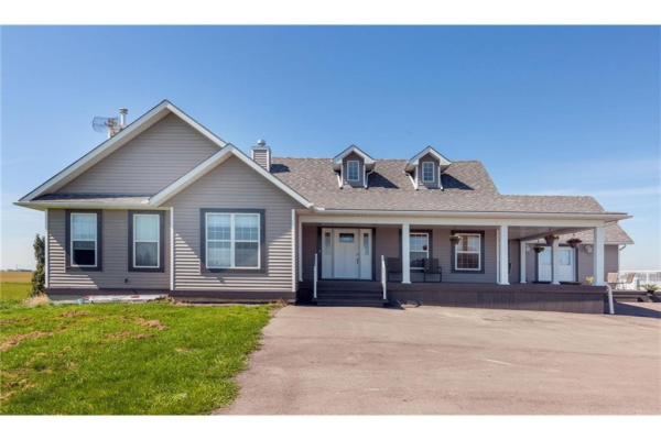 240103 Paradise Meadow Drive, Chestermere