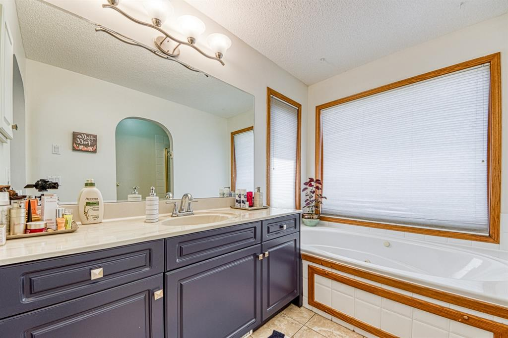 Listing A1123764 - Large Photo # 27
