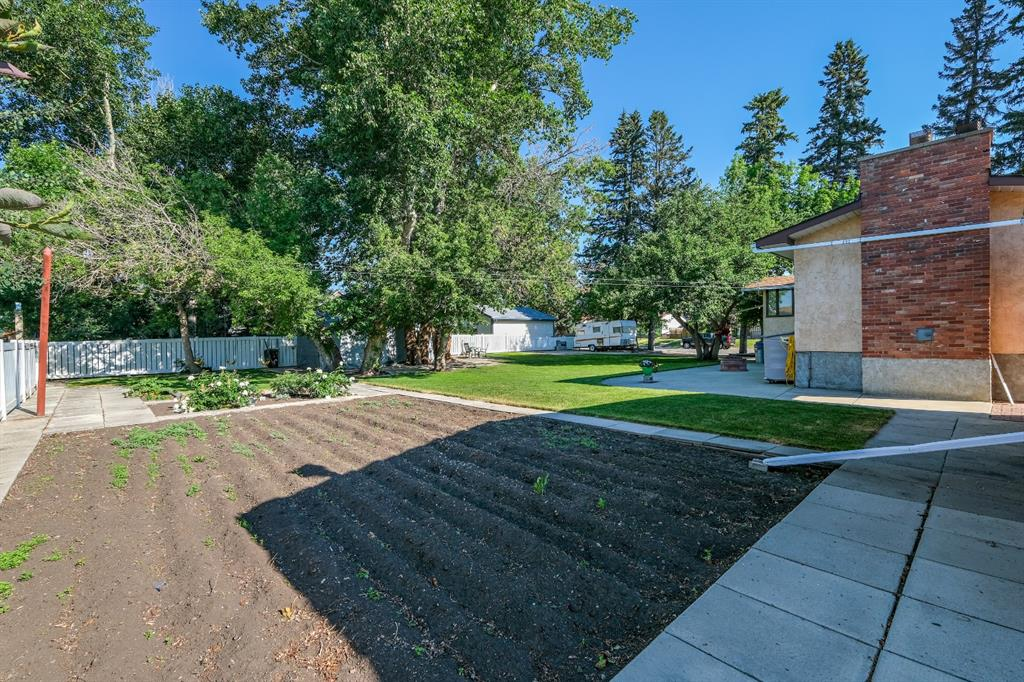 Listing A1125354 - Large Photo # 43