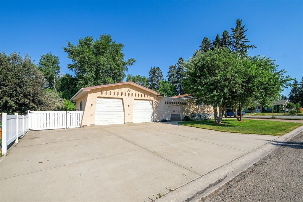 Listing A1125354 - Large Photo # 7