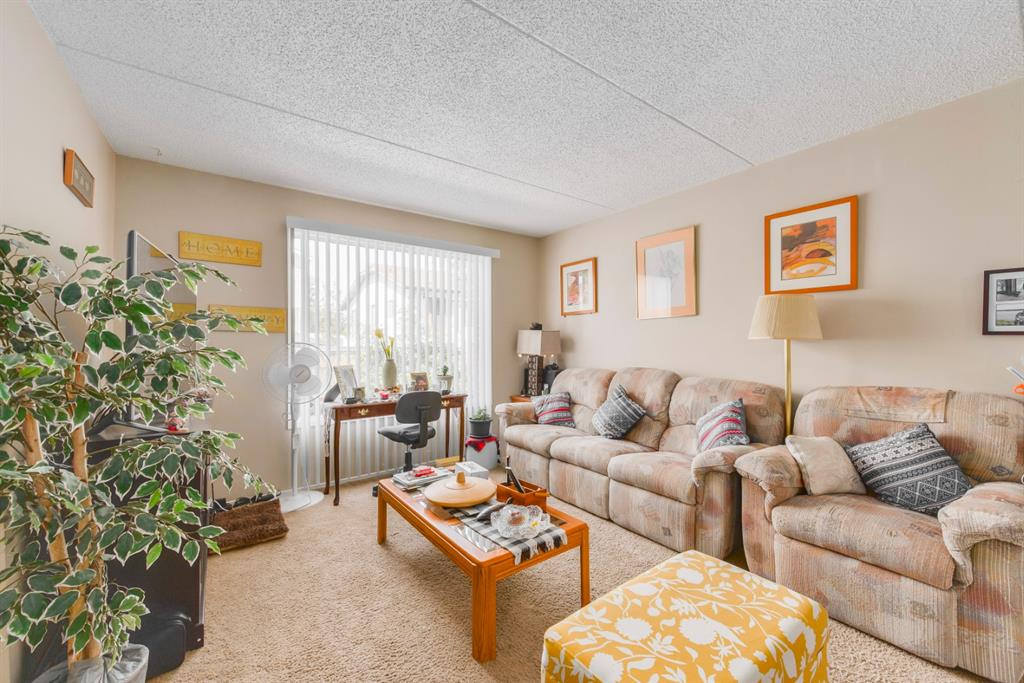 Listing A1126701 - Large Photo # 4