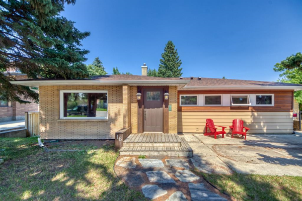 16 Roseview Drive NW, Calgary