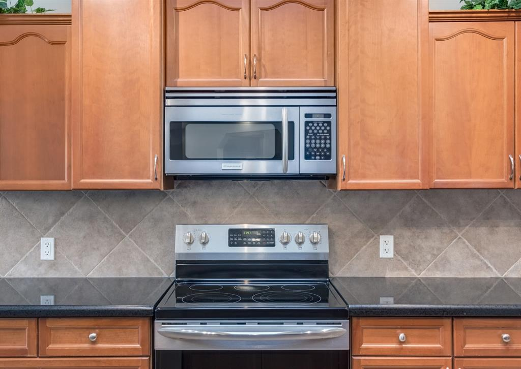 Listing A1130695 - Large Photo # 14
