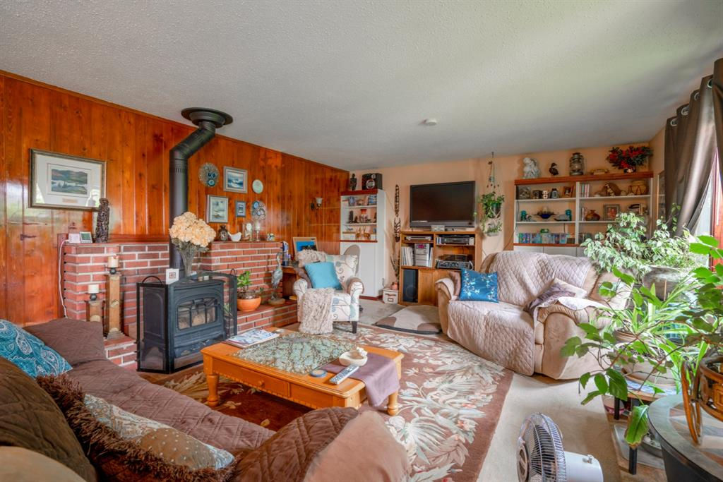 Listing A1130779 - Large Photo # 2
