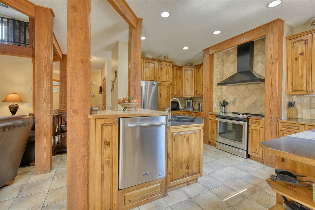 Listing A1131129 - Large Photo # 18