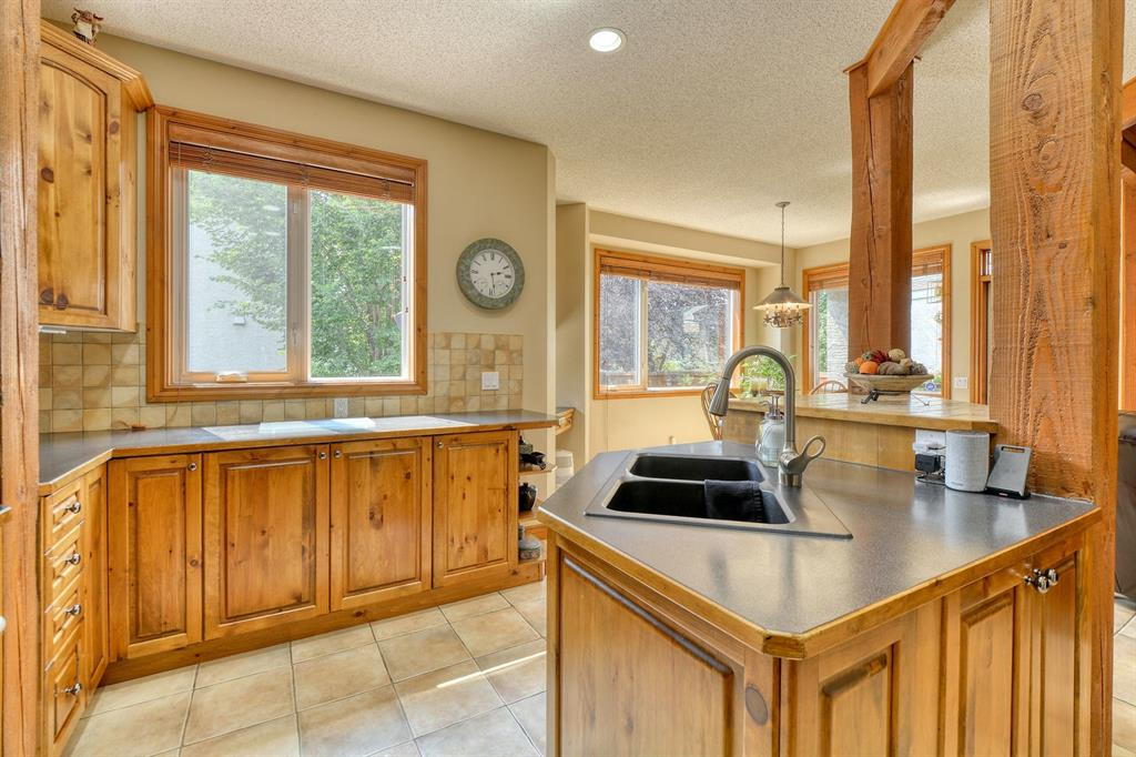 Listing A1131129 - Large Photo # 17