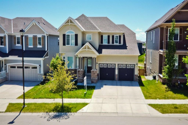 219 Lakepointe Drive, Chestermere