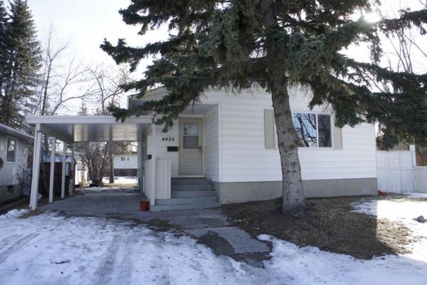 4455 Vandergrift Crescent NW, Calgary