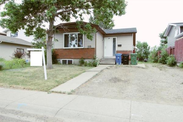 115 Castleglen Way NE, Calgary