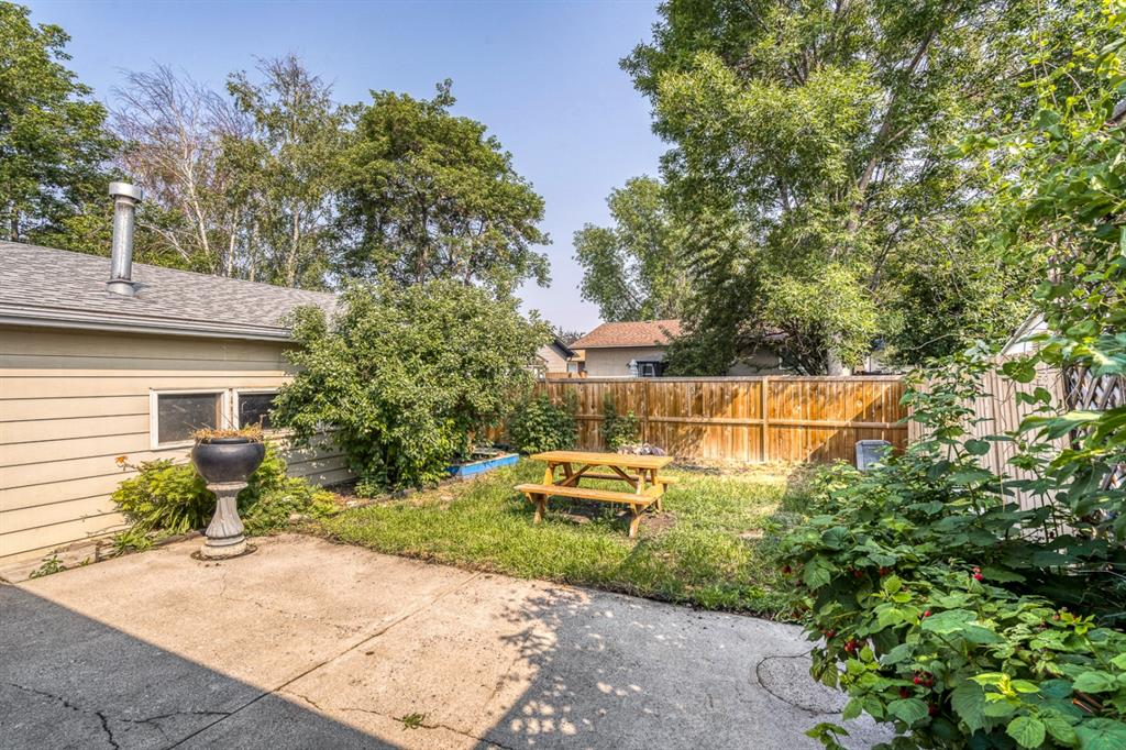 Listing A1134396 - Large Photo # 27