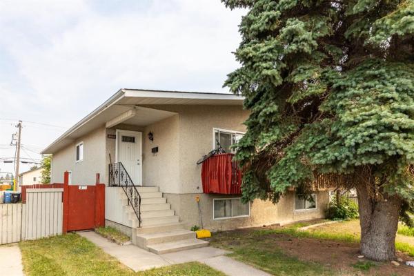 1822 39 Street SE, Calgary